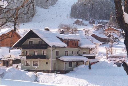 Gasthof / Restaurant Neuwirt_winter