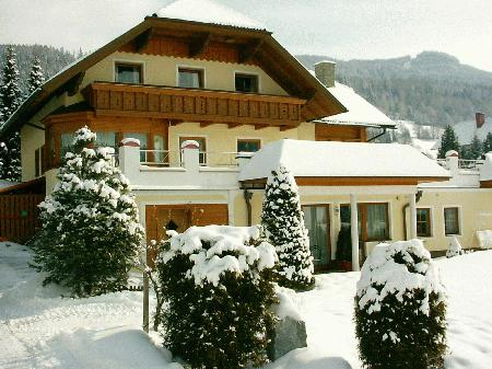Holiday apartment Haus Esl_winter