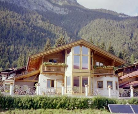 Holiday apartment Maurach am Achensee