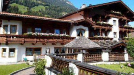Hotel Pension Ramerhof Finkenberg