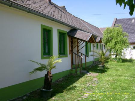 Holiday home (bungalow) Groß Siegharts