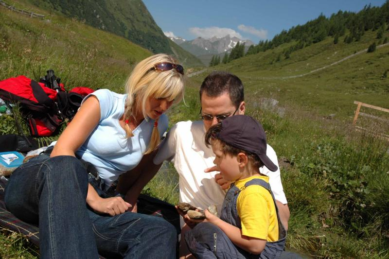 Familie Wandern 1 _B.Lauen Osttirol Werbung