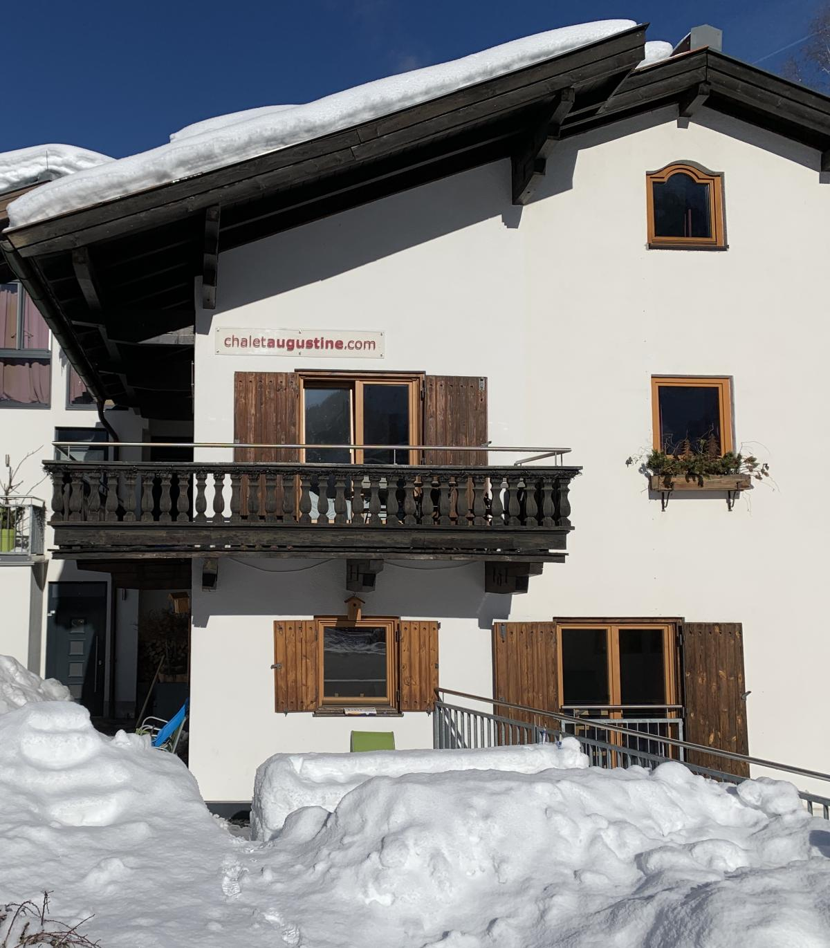 Holiday home (bungalow) ski-teacher
