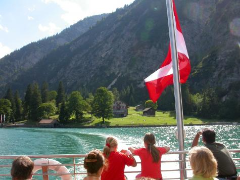 Youth hostel alpine-party