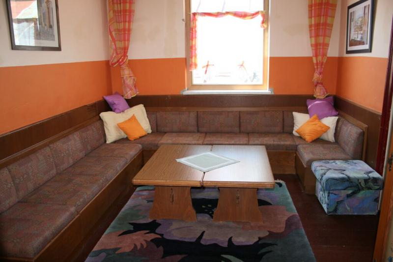 Youth hostel 88