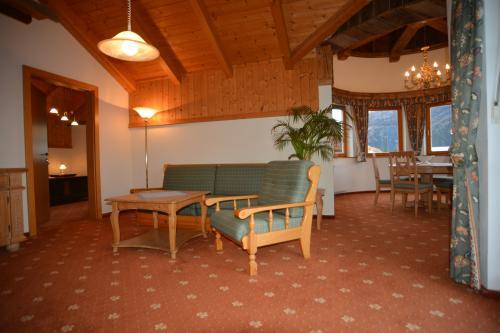 Himmelbauer Zimmer Karawankenblick