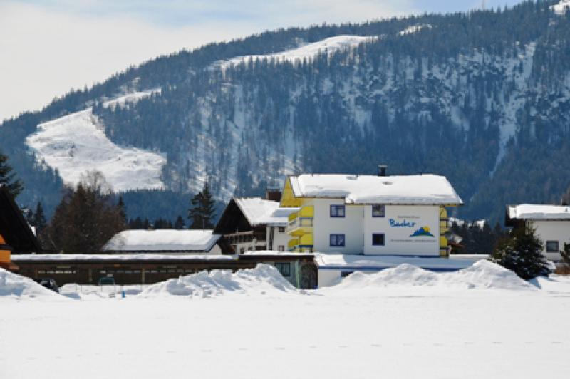 apartmenthaus_winter_piste