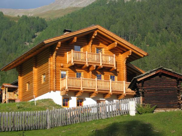 Alpine cabin / chalet skiparty