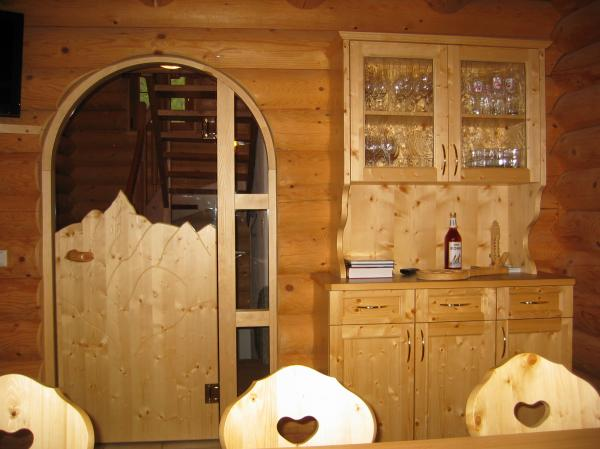 Alpine cabin / chalet training-colleges