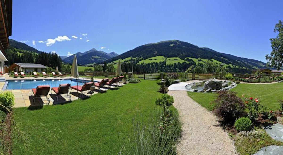 Hotel Alpbacherhof  Piscina all'aperto